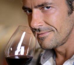 Польза сухого красного вина для мужчин