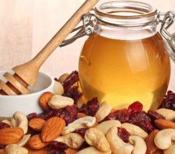 Мед с орехами: рецепты для мужчин
